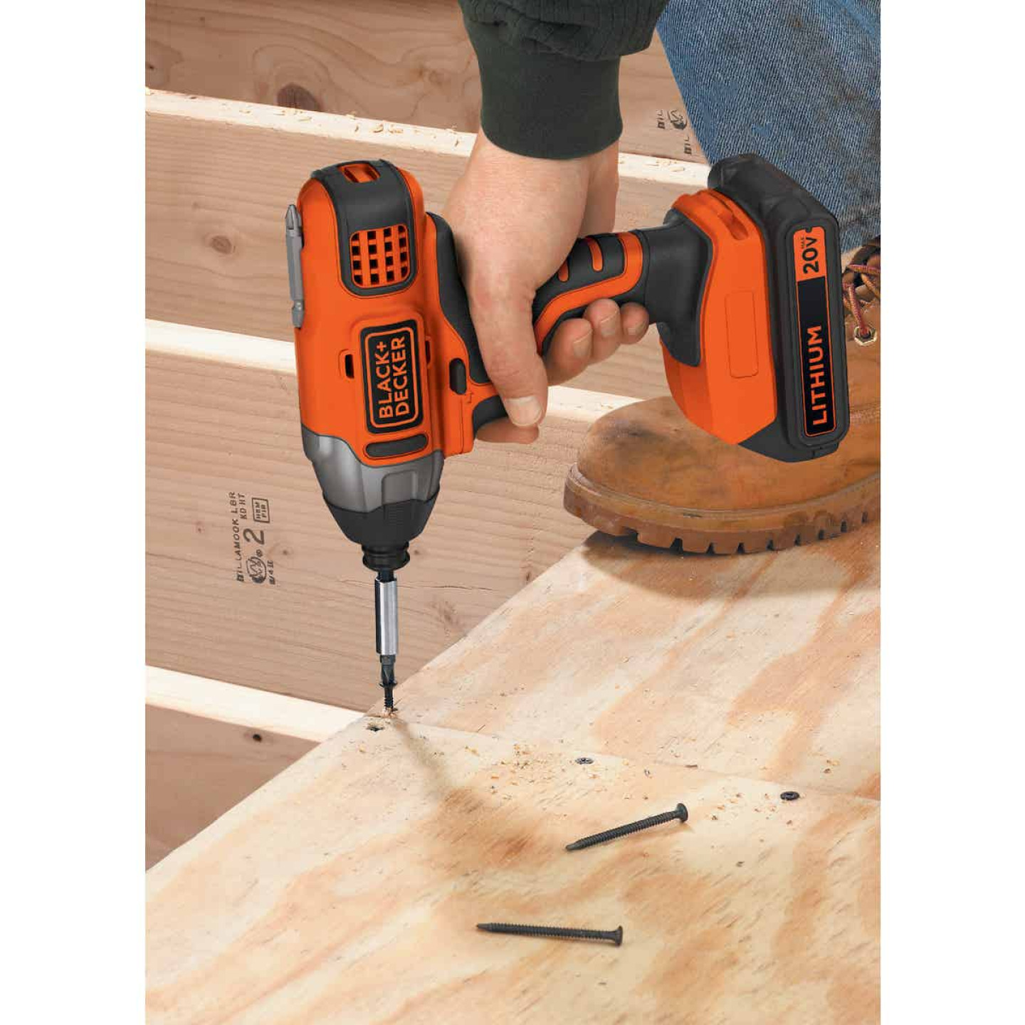 Black & Decker 20 Volt MAX Lithium-Ion 1/4 In. Hex Cordless Impact Driver Kit Image 3